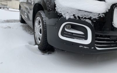 Autofahren bei Eis, Schnee und Glätte – unsere Tipps!