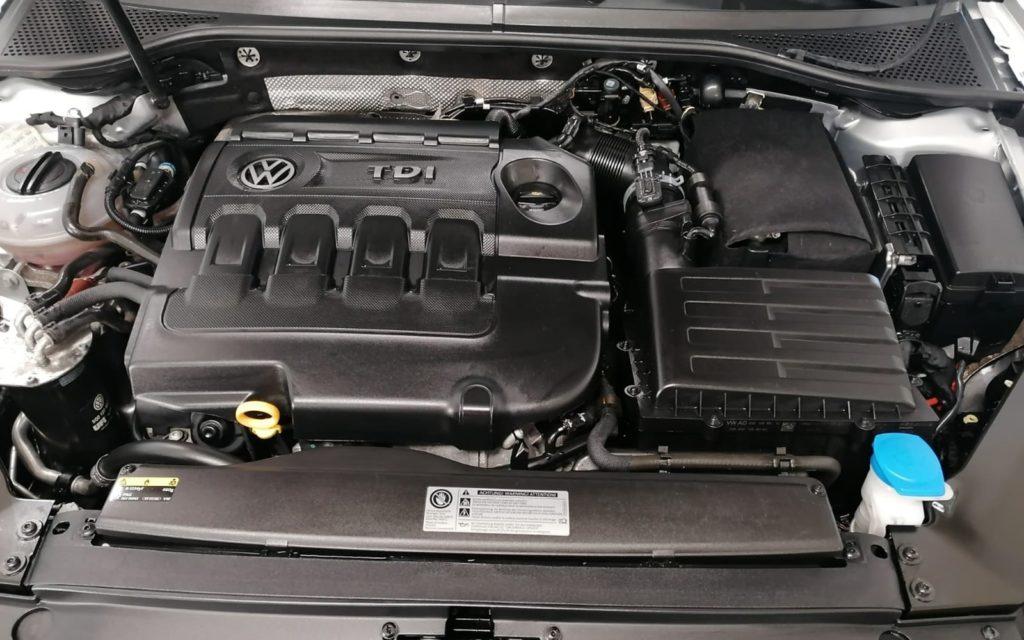 Ein Motor und Getriebe